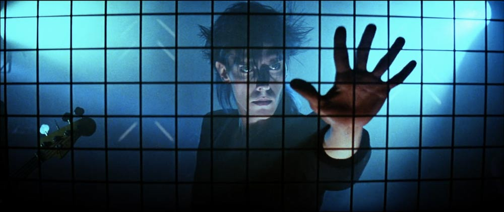 Peter Murphy in the opening scenes of The Hunger