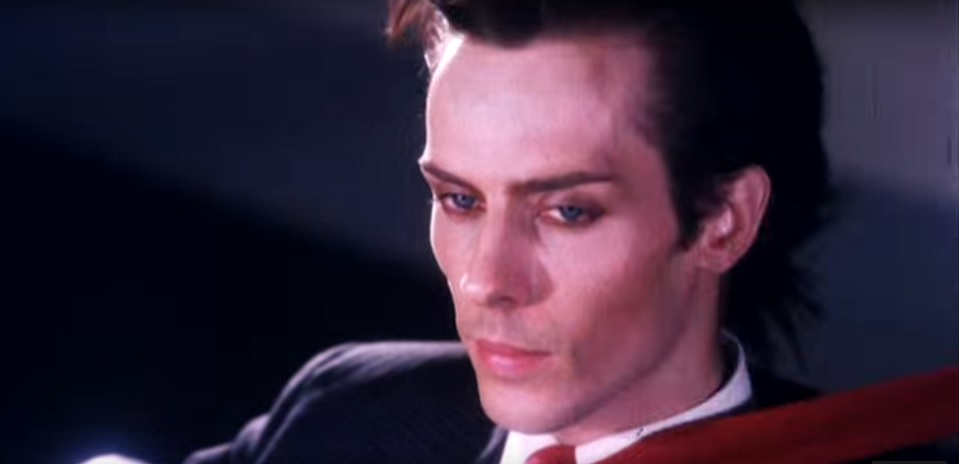 Peter Murphy in the first Maxell tapes ad